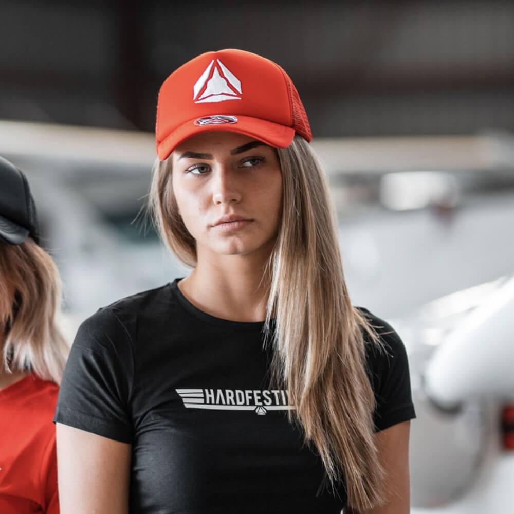 Red cap (1)